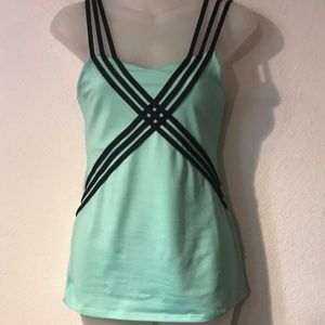 EUC BE UP! athletic tank top built in bra SMALL